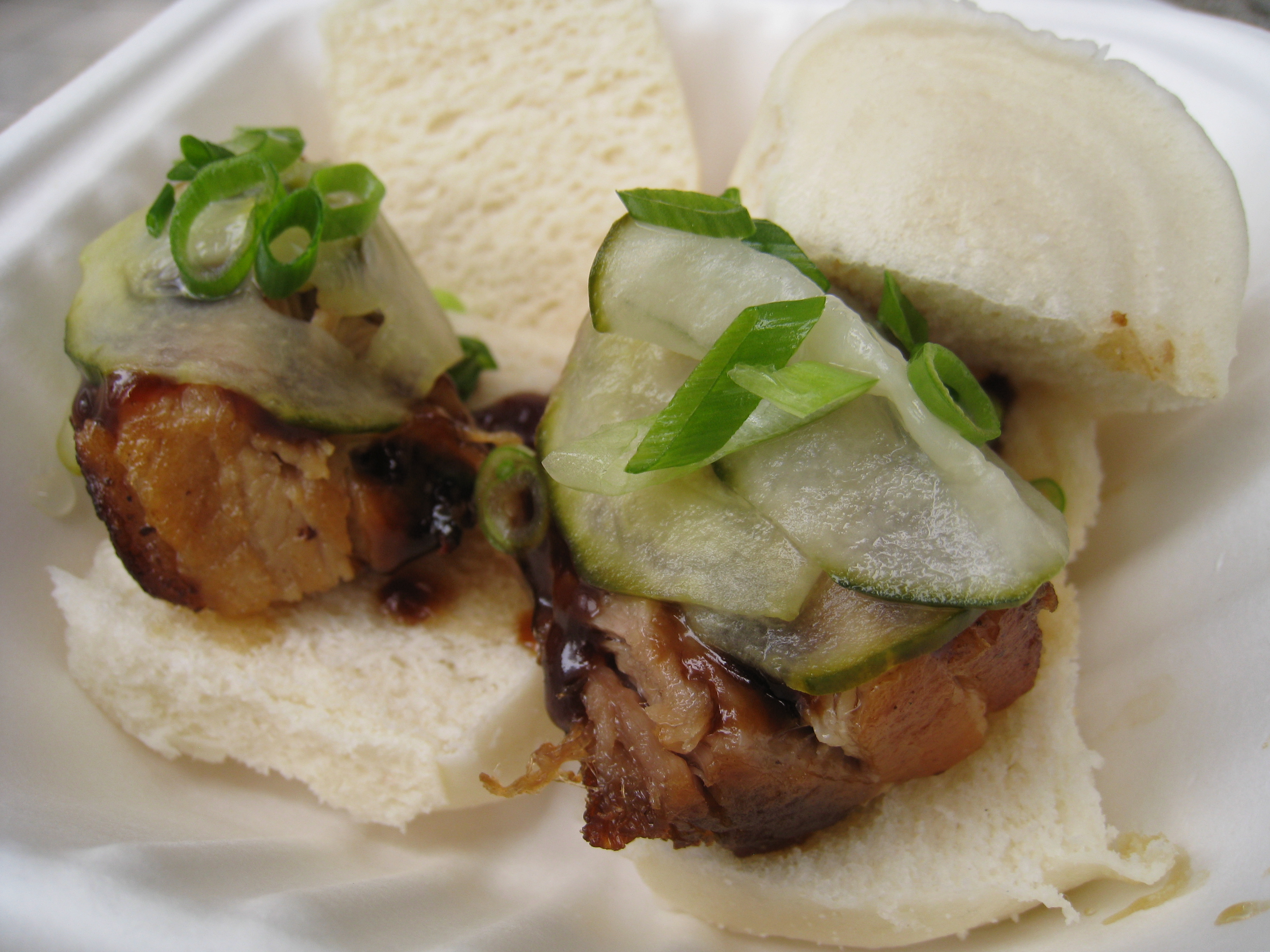 food punk » Piggies on Pillows: Fusion sliders from ...